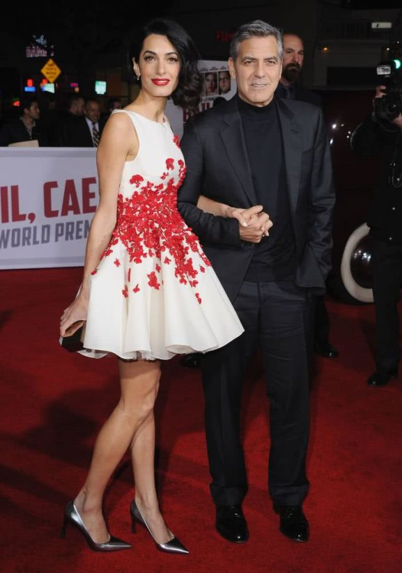 Amal's short white dress with red appliques