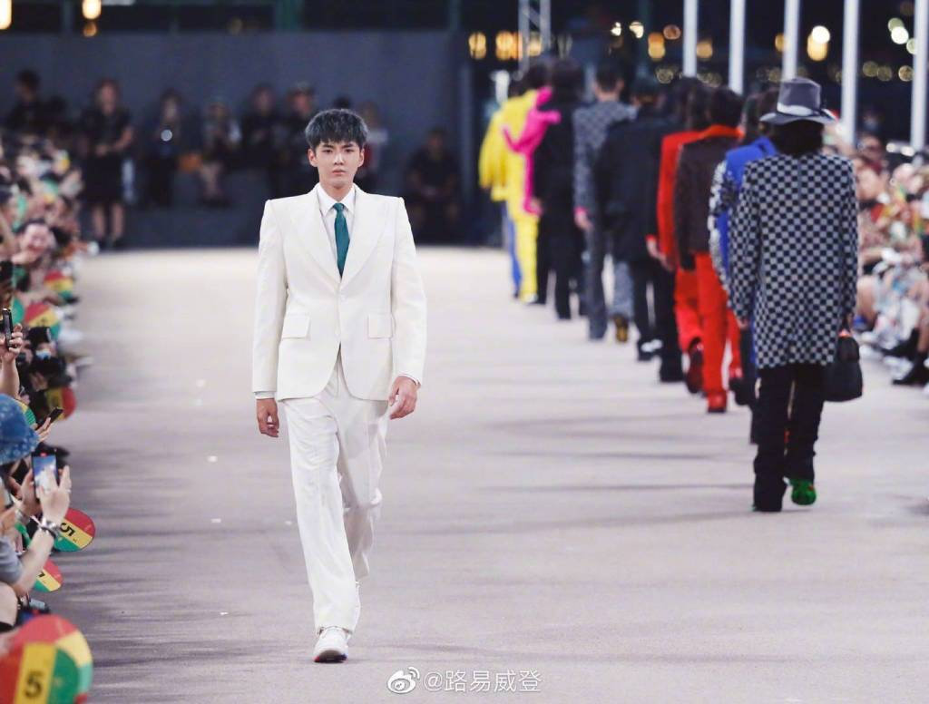 Wu yifan fashion star